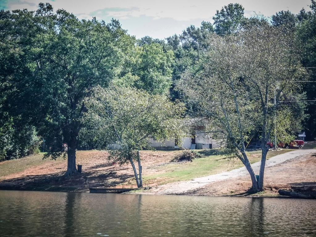 Berry Shoals Pond-18