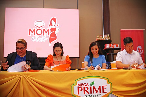 Contract Signing of Marian Rivera-Dantes Mega Prime and Prime Mom Club