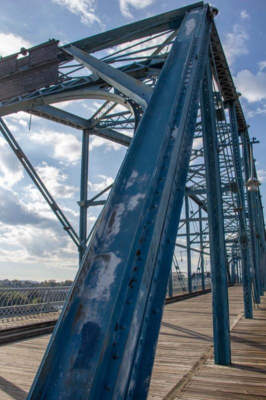 Walnut Street Bridge3