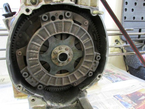 Clutch Assembly Uses Six Bolts at 12:00, 4:00 and 8:00
