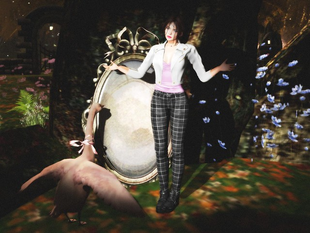 Leda and the Swan, SL-style