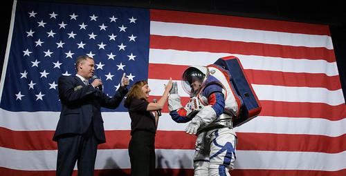 Artemis Generation Spacesuit Event (NHQ201910150003)