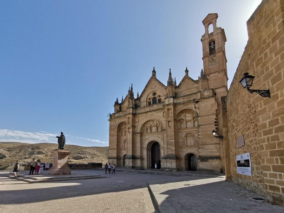 exterior Real Colegiata de Santa Maria La Mayor Antequera Malaga 01