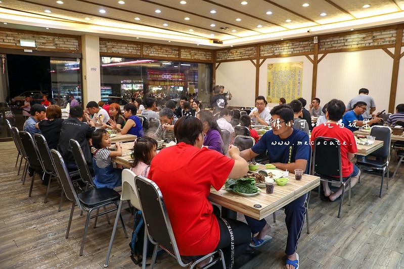 三峽餐廳:吃到飽只要320元起。韓國泡麵、滷肉飯、各種蔬菜通通自助無限!還可以選鴛鴦鍋。灰太狼羊肉爐 ...