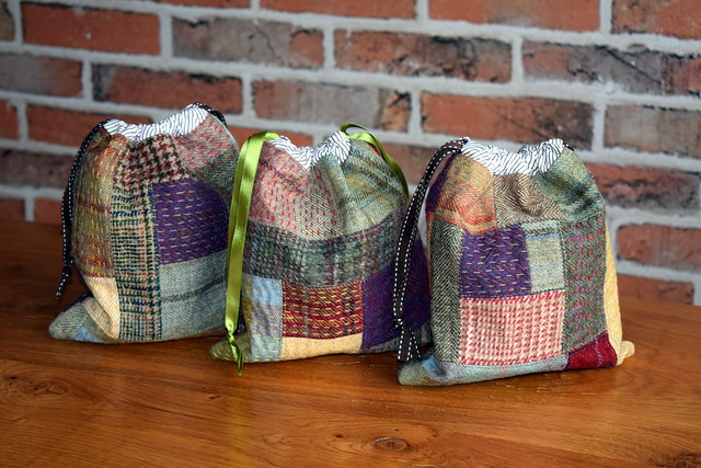 Kantha Tweed Drawstring Pouches