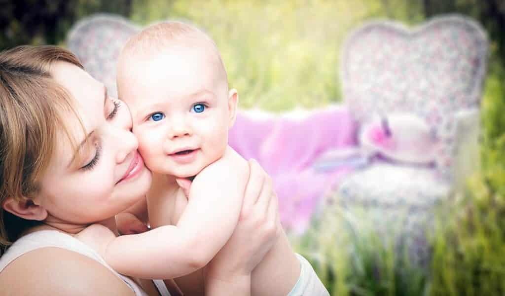 les-nouveau-nés-ont-moins-peur-sentir-odeur-de-leurs-mères
