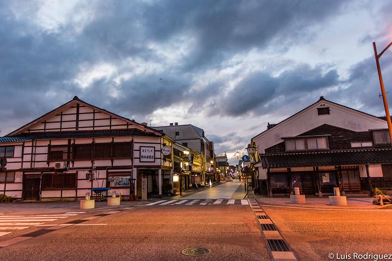 Début de la rue Honmachi Asaichi