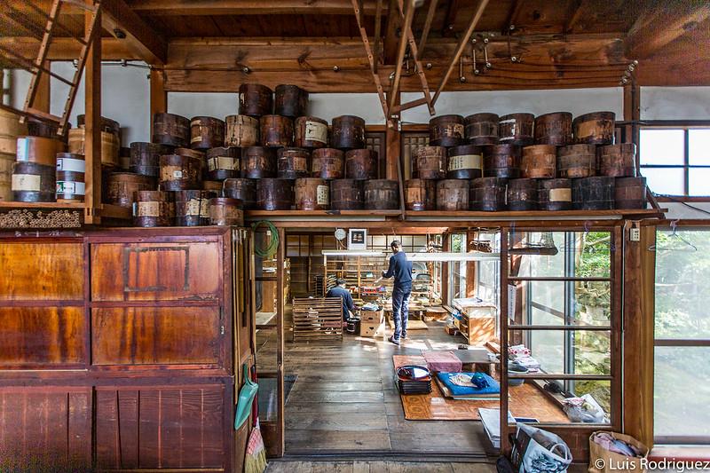 Ohsaki Shikkiten atelier laqué
