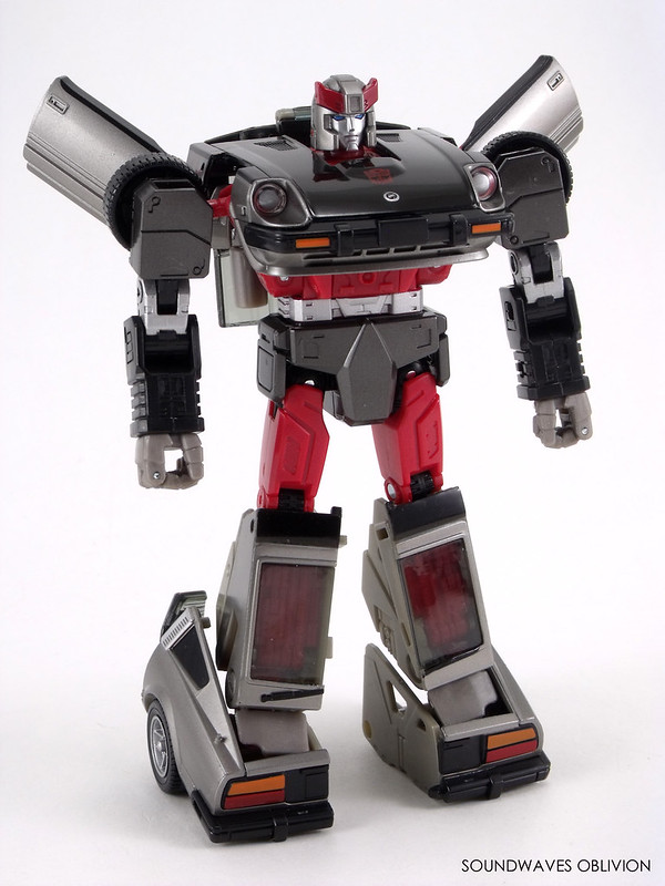 Soundwaves Oblivion: Transformer Toy Archive: Masterpiece Streak MP-18