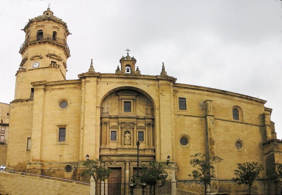 portada exterior Iglesia Nuestra Señora de la Asuncion Labastida Alava 02