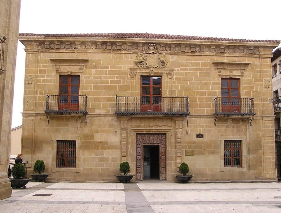 Alava Casa de la Cultura Palacio de los Salazar Labastida 08