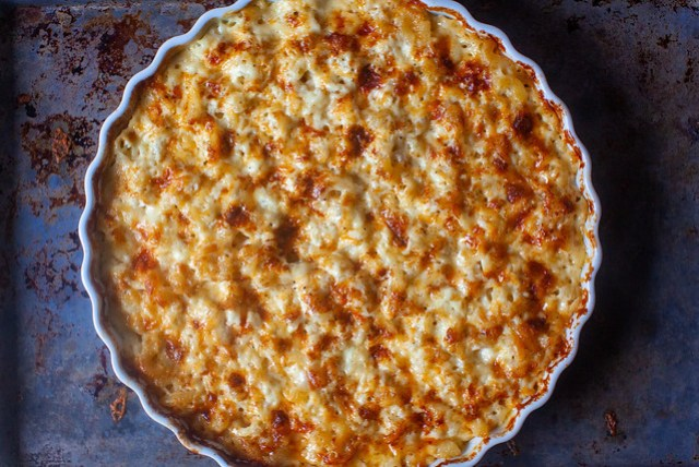 easiest baked mac-and-cheese