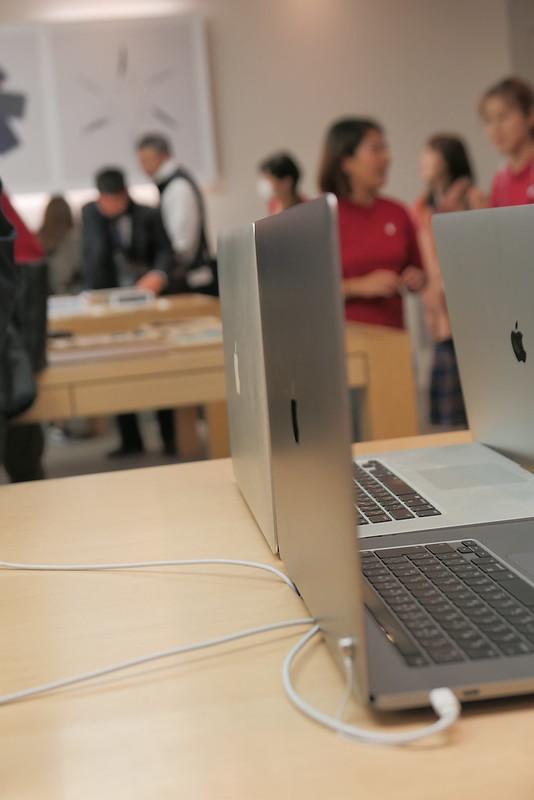 MacBook Pro 15inch, 16inch 2013, 2019 comparison 06
