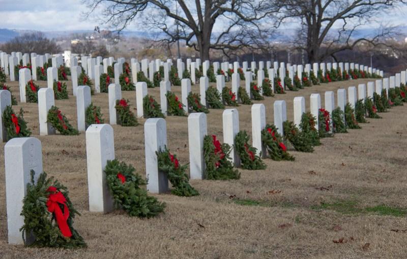 Wreaths Across America36