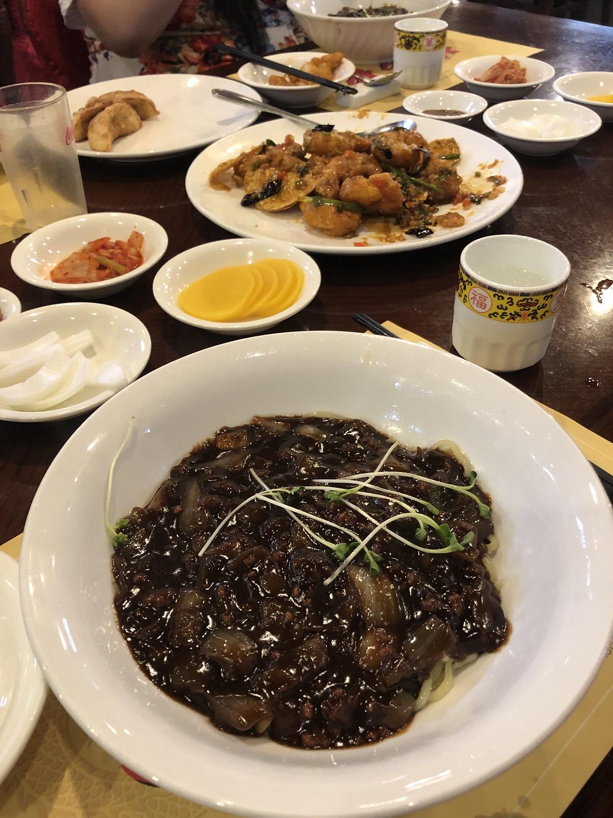 Jjajangmyeon(짜장면)   Things to eat in Korea