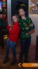 Christmas_Sweater_Drink10