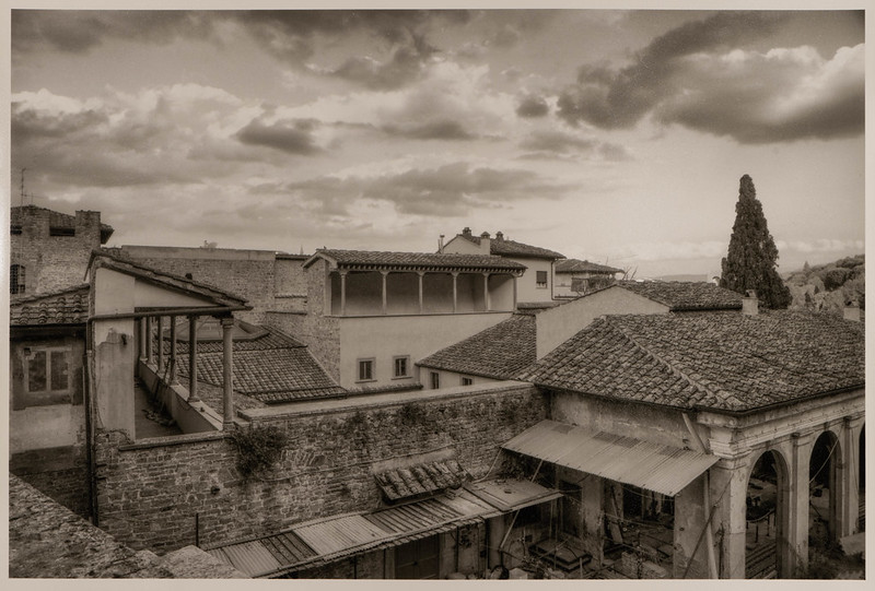 Roofs and Courtyards, Florence