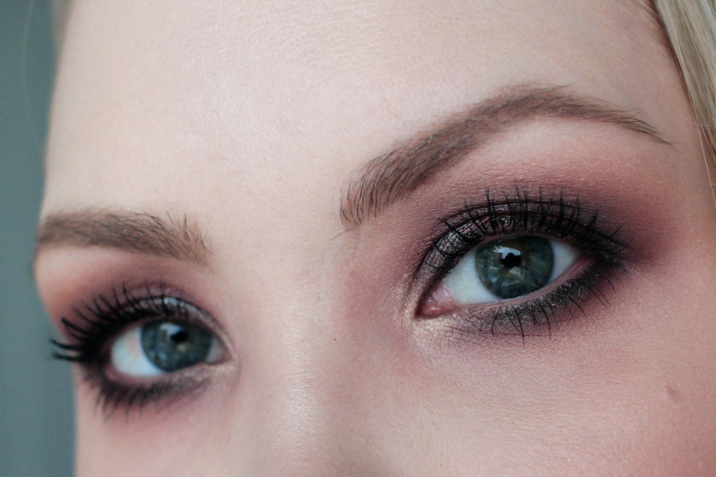 smoky eye -meikki