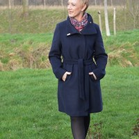 Outfit of the week: Navy winter coat