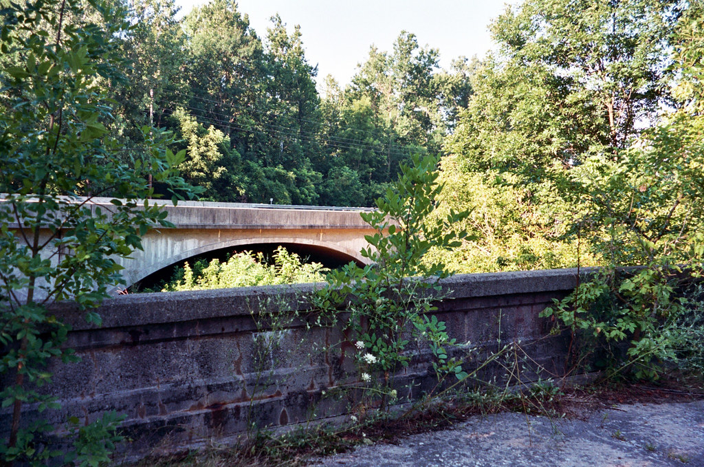 US 40 bridge in Plainfield IN from abandoned US 40 bridge