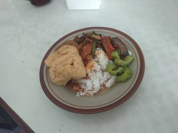 nasi-sayur-rumah-makan-khas-jawa-bu-mini-sawahan-jaten