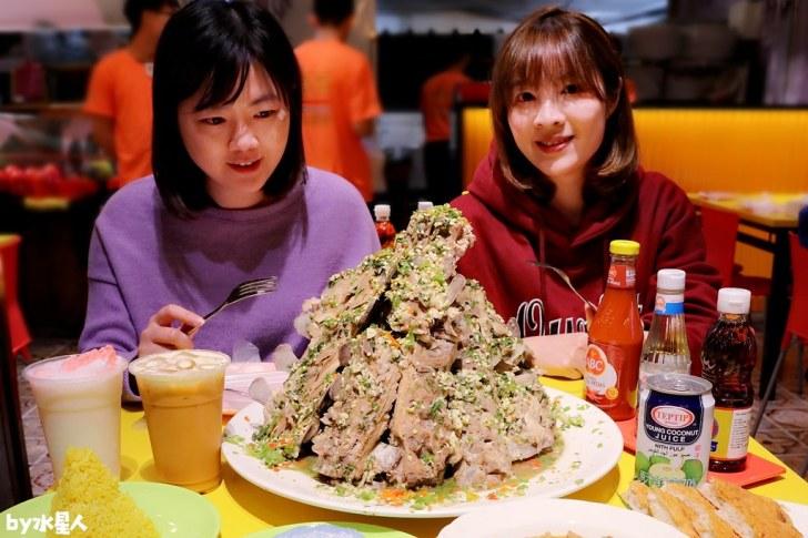 49413258051 4e572990c5 b - 熱血採訪|泰辛火山排骨,台中也能吃到曼谷夜市爆紅美食,巨無霸浮誇排骨山,大口吃肉超過癮