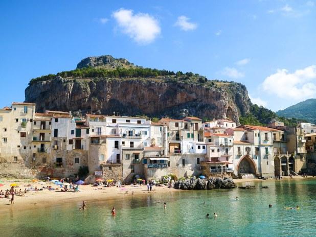 La Rocca y Puerto Viejo en Cefalu