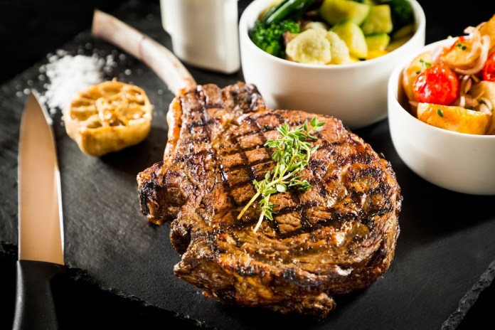 forte - Grilled Australian corn-fed Tomahawk Steak 1.2kg 澳洲穀飼斧頭牛扒