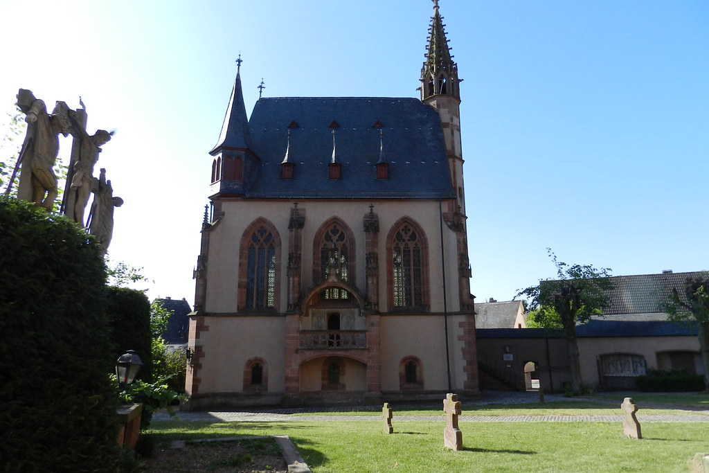 Iglesia de San Miguel Kiedrich Valle del Rin Alemania 02