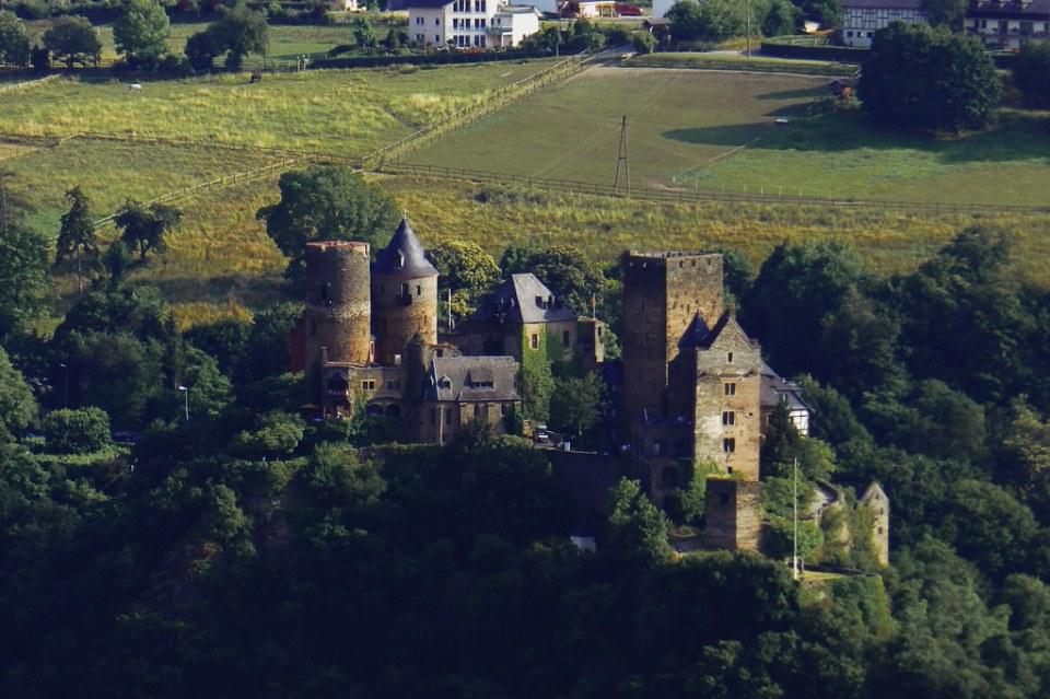 vista Castillo Schonburg Oberwesel Valle del Rin Alemania 01