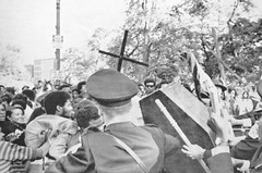 Black students clash with police at White House: 1969