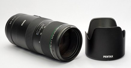 Detailed photos of HD PENTAX-D FA 70-210 mm F4 ED SDM WR
