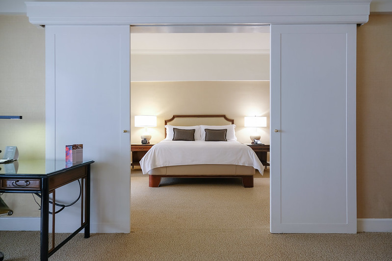 one bedroom suite in regent singapore