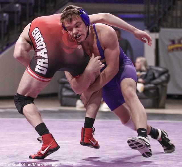 174-No. 10 Zach Johnston (MSU) dec. Evan Foster, 8-6 - 200206mb0109