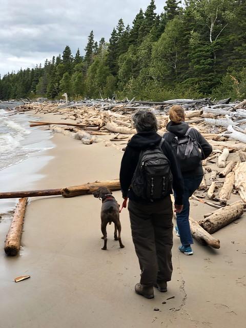 Pukaskawa - Diane Linda nd Hector on a driftwood beach