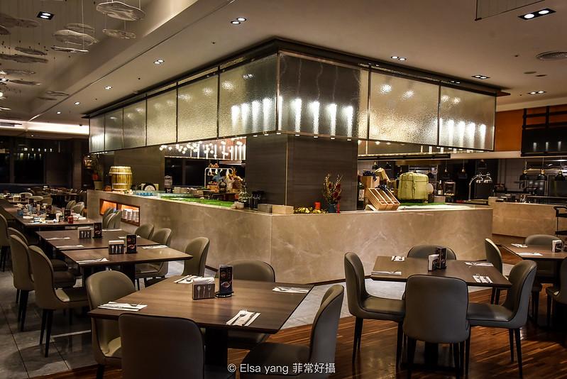 [美食] 萬華凱達飯店晚餐吃到飽 熱食吧生魚片海鮮麻辣燙甜點菜色價格心得評價 @ ¾ のELSA。菲常好攝 :: 痞客 ...