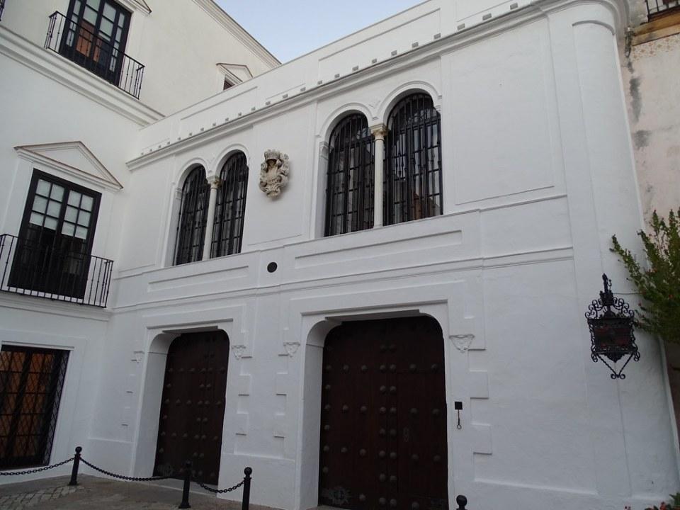 Palacio de los Guzmanes o de los Duques de Medina Sidonia Sanlucar de Barrameda Cadiz 01