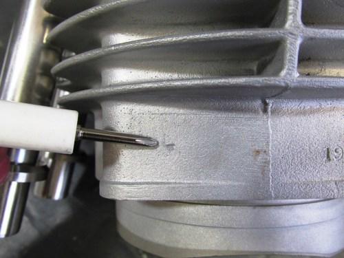 Left Side Cylinder Mark (L)