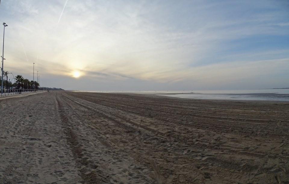 puesta de sol playa de Sanlucar de Barrameda Cadiz 02