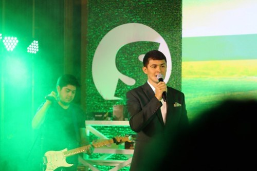 Matteo Guidicelli, New Celebrity Fitspiration for Sante