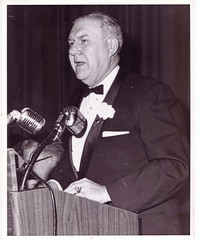 Apperson begins 3rd term as transit union president: 1971