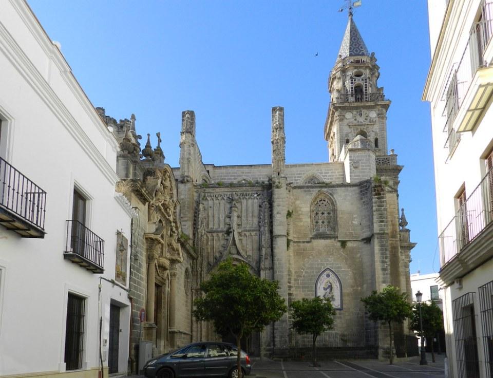 portada gotica exterior Iglesia de San Miguel Jerez de la Frontera Cadiz 01