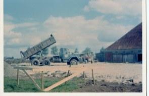 1972-xx-xx - Bouw Ligboxenstal - 013