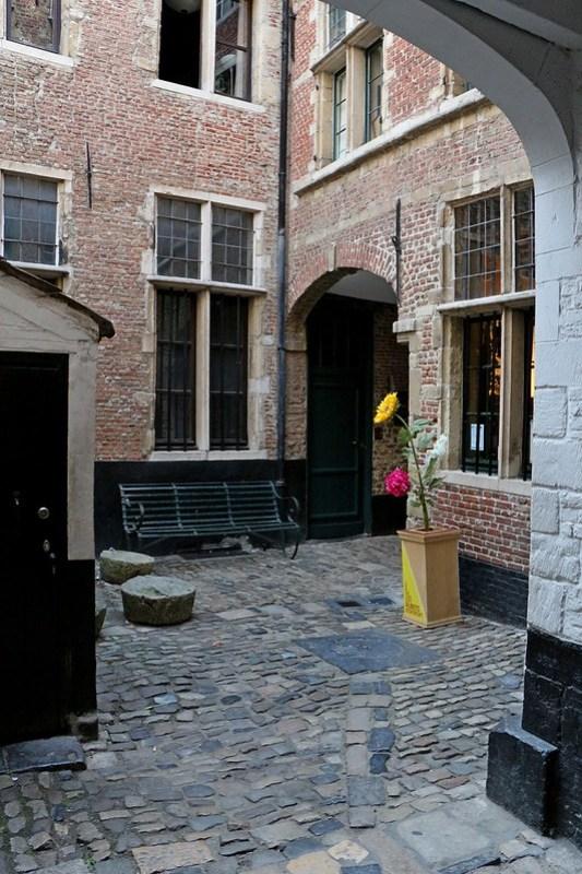 IMG_0350  Antwerpen Vlaaikensgang
