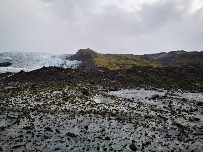 Aventura de senderismo y trekking por el glaciar Vatnajökull Skaftafell (Islandia). ¡Incluye vídeo!