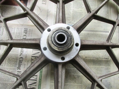 Right Side Disk Brake Rotor Hub Detail