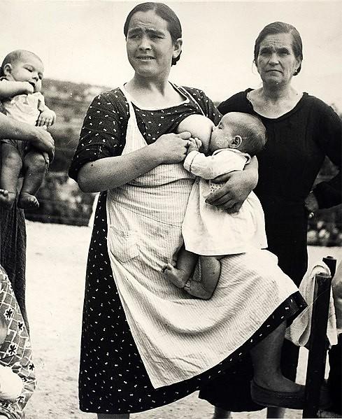 489px-Inudea._Argazkilaria_Kati_Horna_Kati_Deusch._Photo_taken_in_1937