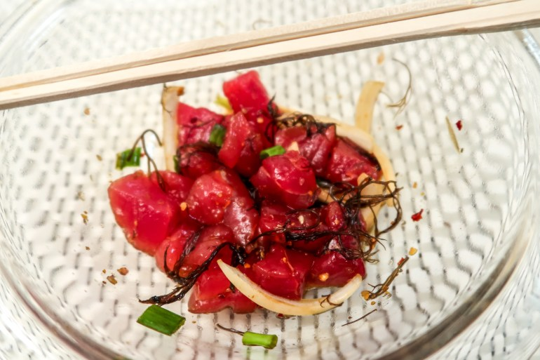 Shoyu Ahi Poke Recipe - How to make shoyu ahi poke, shoyu poke,shoyu ahi poke,poke,how to make ahi poke,how to make poke,shoyu ahi poke recipe,poke recipe,ahi recipe,shoyu poke recipe,hawaiian shoyu ahi poke,hawaiian poke,how to make hawaiian poke,fresh ahi poke,fresh ahi,foodland poke,foodland shoyu poke,foodland,foodland hawaii,original poke,the best poke recipe,best poke,best poke recipe,best shoyu poke,how to ahi poke,how to make shoyu poke,original ahi poke,original shoyu ahi poke, diamond head seafood, diamond head seafood hawaii, diamond head seafood poke, halms, halm's, halms sauce, halms poke sauce, ohana flavors poke sauce, ohana flavors sauce, ohana flavors seasoning | Wanderlustyle.com