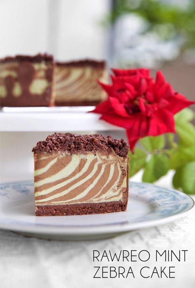 Rawreo Mint Zebra Cake
