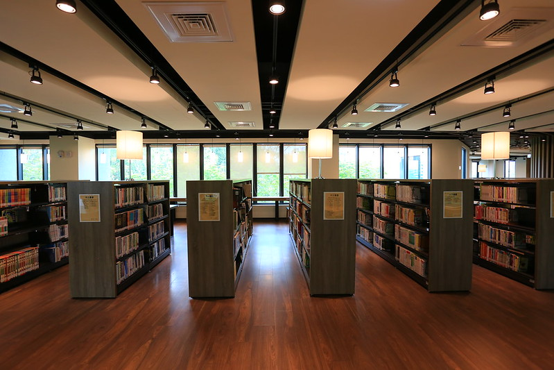 【 高雄。李科永紀念圖書館 】被樹海環繞充滿綠意的圖書館 @ Travel and Life :: 痞客邦